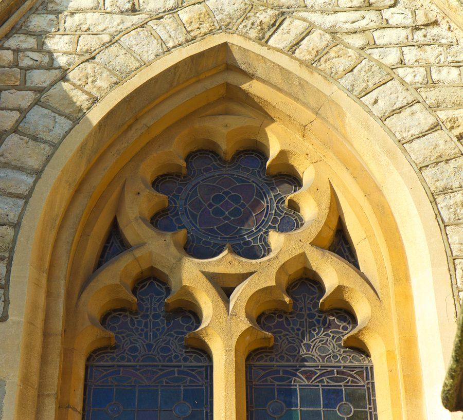 architektur-heilige-geometrie-kirche-fenster
